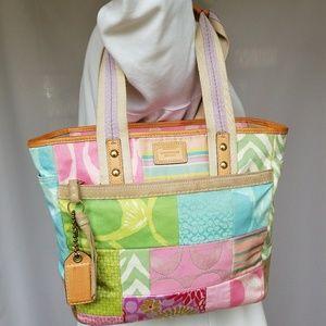 Coach Spring Shoulder bag